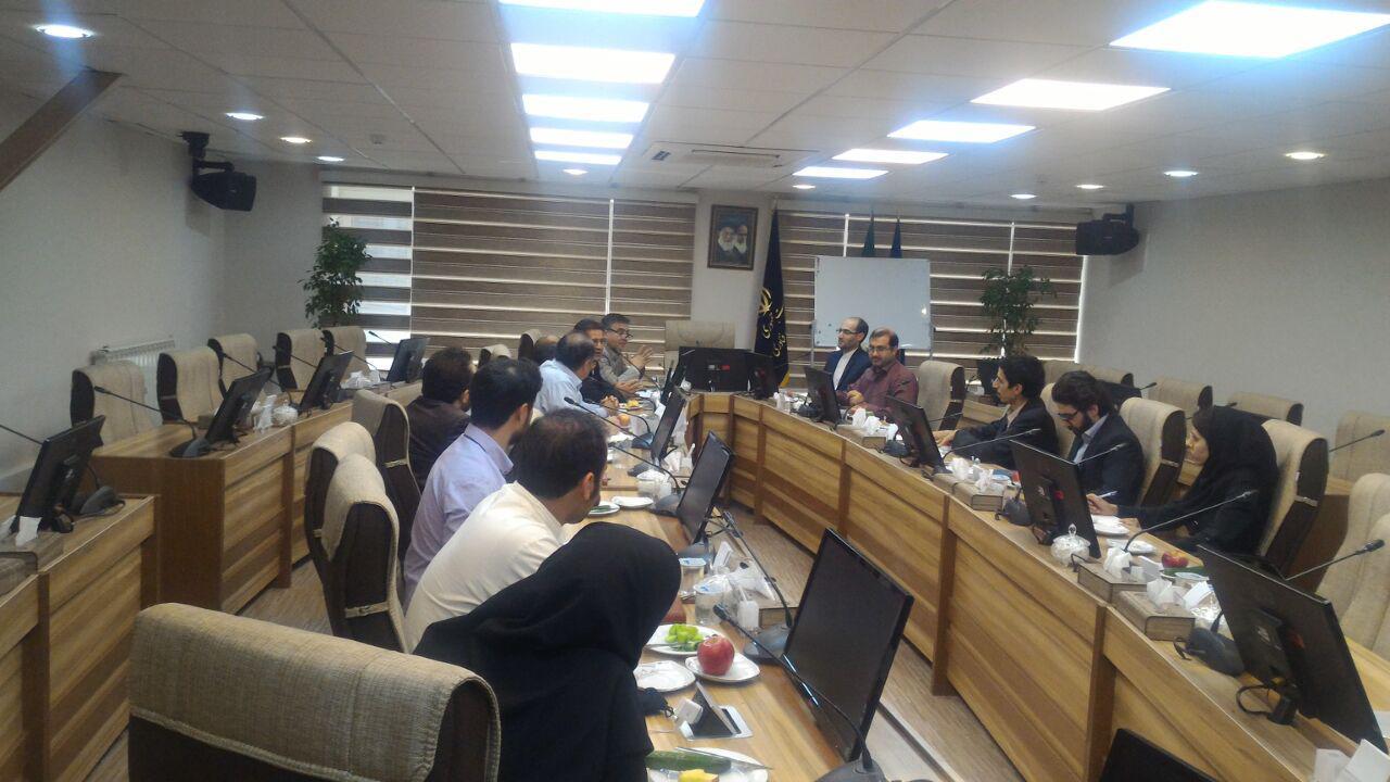 برگزاری جلسه نمایندگان بخش خصوصی و ستاد توسعه فناوری انرژی های نو در راستای اصلاح تعرفه خرید برق تجدیدپذیر